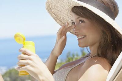Sunscreen-493x330.jpg